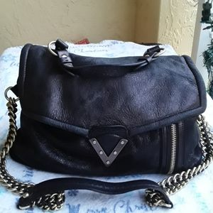 Pour la victorie leather bag